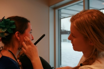 Proffe makeup-artister backstage var luksus!
